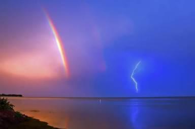 storm_rainbow